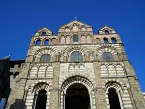 Façade de la Cathédrale du Puy en Velay