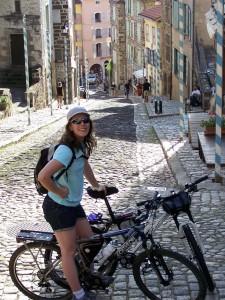 Haut de la rue des Tables - Puy en Velay
