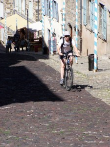Rue des Tables - Cathédrale du Puy