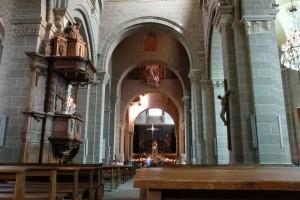 Intérieur de la cathédrale du Puy en Velay