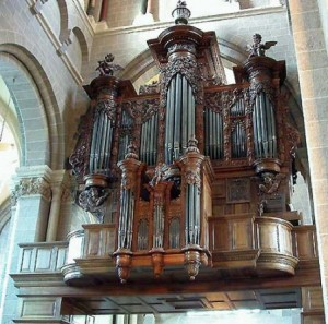 Orgue cathédrale du Puy en Velay