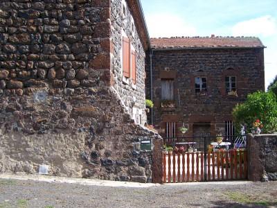 Maison en pierre à Ramourouscle