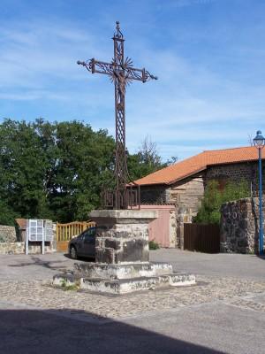 Place de l'église Saint Chistophe sur Dolaison