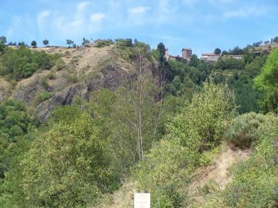 Vue sur le hameau d'Escluzels